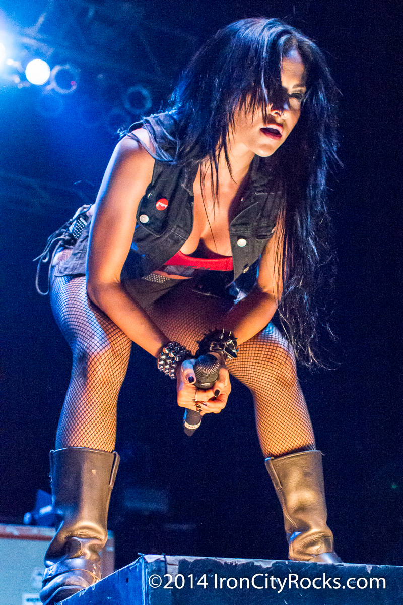Butcher Babies and Devil You Know – Stage AE – 5/15/2014 | Iron City Rocks